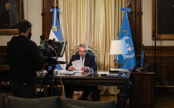 En su primer discurso ante la ONU, el Presidente llamó a