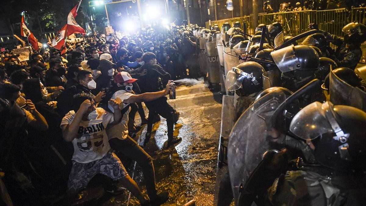 Disturbios en Perú tras la destitución de Vizcarra y la asunción de Manuel Merino