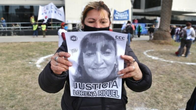 Detuvieron a un hombre por el femicidio de Lorena Riquel