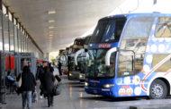 Vuelven los vuelos regulares y los servicios de media y larga distancia pero no para el turismo