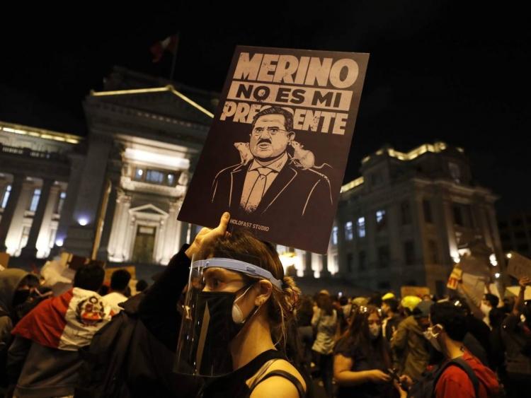 Se agudiza la crisis política en Perú