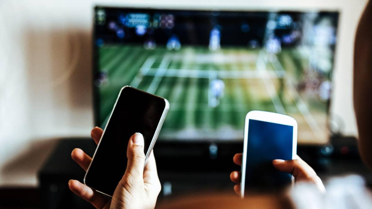 El especialista Santiago Marino analizó la declaración del cable, telefonía móvil e internet como servicios públicos